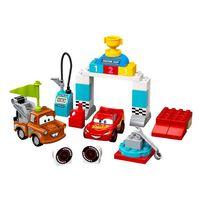 LEGO樂高 10924 Lightning McQueen 's Race Day